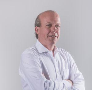 Urs ist ein Experte für globale Finanzmärkte. Er hat mehr als drei Jahrzehnte lang elektronische und sprachgestützte Tradingsysteme aufgebaut und geleitet und war in leitenden Positionen im Bankbereich bei UBS und Bank Vontobel tätig. Urs' globale Karriere in den Devisenmärkten macht ihn zu einer hervorragenden Ergänzung des SEBA-Teams. Von seinen Tagen als Junior Trader bei Julius Bär bis hin zu globalen Führungspositionen als Leiter des Devisenhandels bei UBS und als Leiter des Devisenhandels bei der Bank Vontobel war er in praktisch jeder möglichen Position im Devisengeschäft tätig. Als Head of Trading and Liquidity bei SEBA wird er in den Krypto-Märkten, die in ihrer Entwicklung reifer werden, einen professionelle Strategie implementieren.